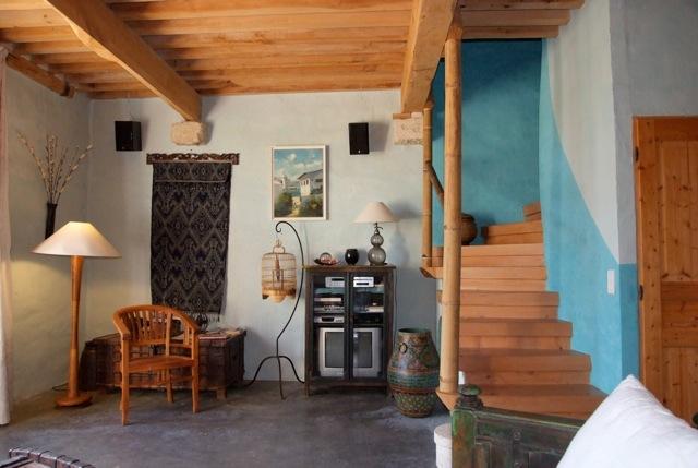 fran ais mont e d 39 escalier gite bleu le mas de la chouette. Black Bedroom Furniture Sets. Home Design Ideas