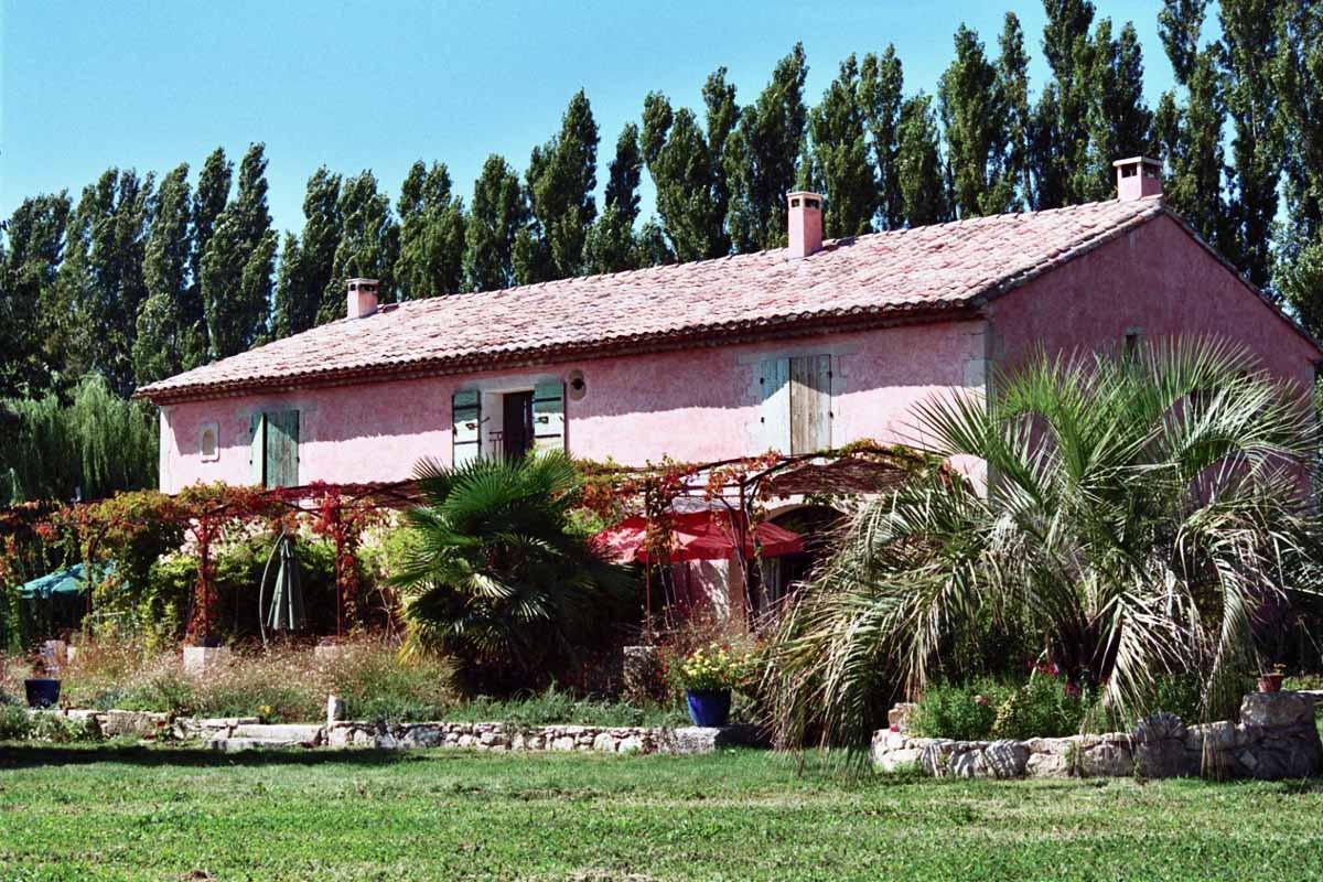 Gites & chambre d'hôte Le mas de la Chouette 13210 St Rémy de Provence