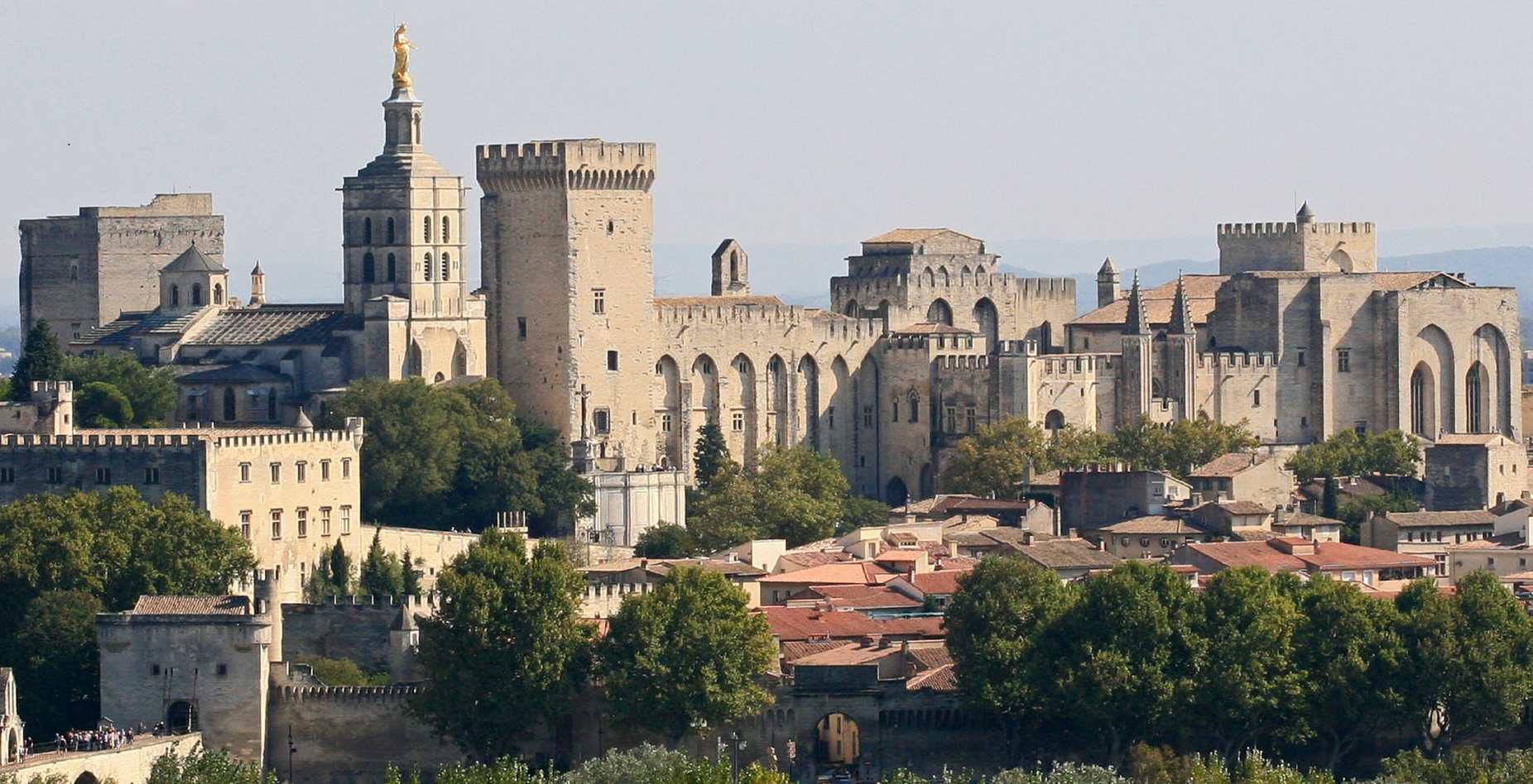 Palace of the Popes in Avignon The farmhouse of the Chouette Gites and Bed and Breakfast in Saint Remy de ProvencePalace of the Popes in Avignon The farmhouse Mas de la Chouette Bed and Breakfast in Saint Remy de Provence