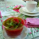Petit déjeuner Mas de la Chouette Table Table dressée Gites et Chambres d'hôtes à Saint Rémy de Provence
